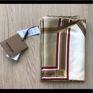 Burberry silk and wool scarf